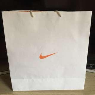 🚚 NIKE耐吉/紙袋/全新禮物袋/現貨
