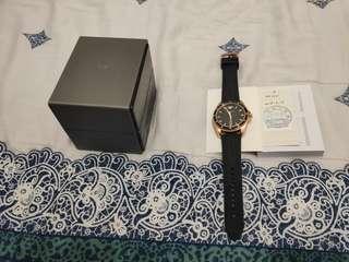 🚚 阿曼尼精品手錶