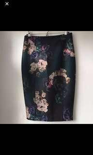 H&M pencil cut fitted skirt