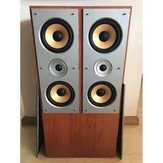 OM-700 Accusound Front L & R Speakers