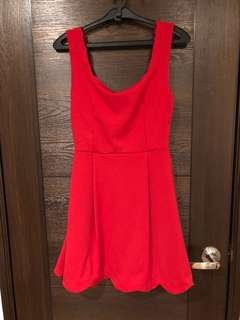 🚚 大紅色洋裝
