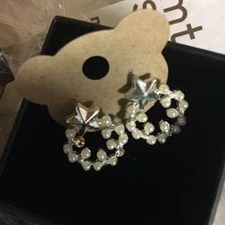 珍珠銀幸運星耳環 (全新)
