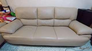 ***#PRICE LOWERED#***. 3+1+1 Leather Sofa set
