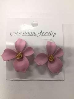 Anting Bunga Dusty Pink