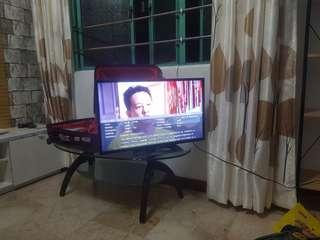 digital tv Phillips 32inch led with free antenna
