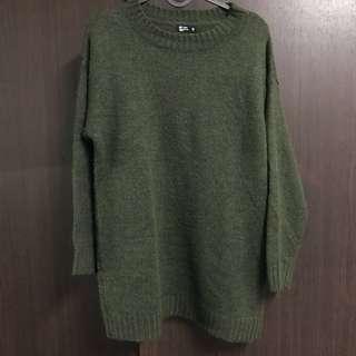 🚚 NET 長版墨綠混色毛衣