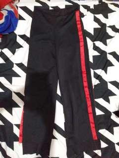 Celana Stripe