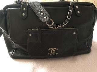 🚚 Preloved Vintage Chanel- authentic
