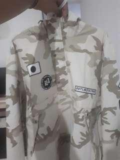 OUTWEAR PULL AND BEAR ORIGINAL 100%