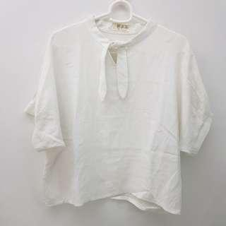 🌻FREE NM🌻 Brand New White Linen Blouse