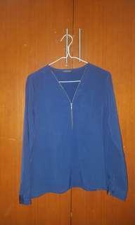 THE EXECUTIVE BLUE NAVY ZIPPER TOP