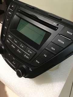Hyundai Elantra CD player