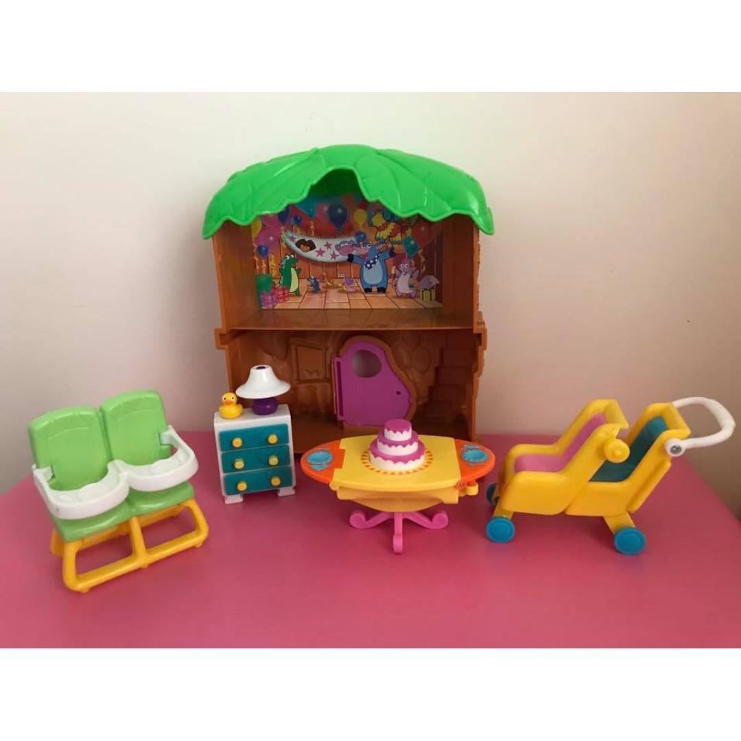 Assorted preloved but vgc Dora the Explorer furniture