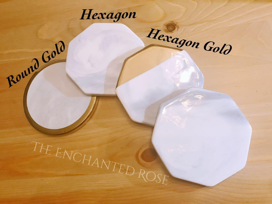 Gold Foil Lettering Marble Coasters - Geometric // Heaxagon //. Great as wedding favours, Groomsmen/bridesmaid gifts, Christmas gifts. Customizable to your name or favourite quotes