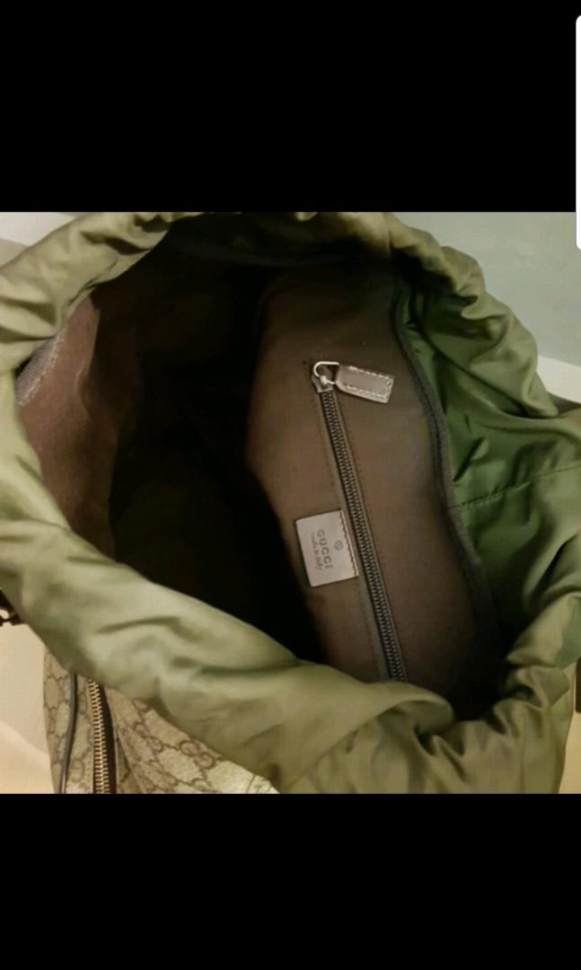 11fbd129636 Gucci backpack monogram GG Supreme Medium brown