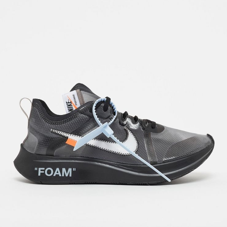 best website a5178 8c3a3 RARE SIZE! US 4 Nike off white zoom fly black, Men s Fashion ...