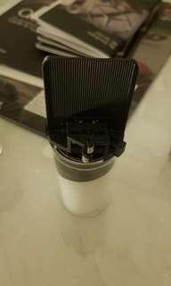 Scirocco Headlamp Bulb adaptor + bulb