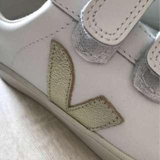 Veja White/Gold Sneakers 36