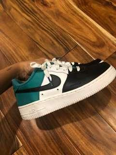 Air Force 1s size 6 women's (4 youth)