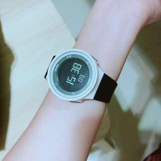 迪卡儂 間歇式運動手錶 (附盒