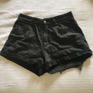 Ilabb shorts size 8