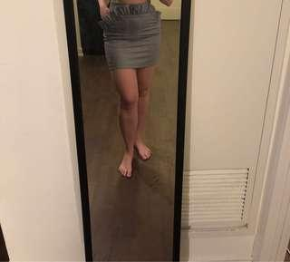 NEVER WORN H &M skirt size 6