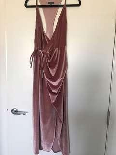Sheike velvet dress (price does not include postage)
