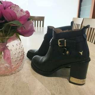 Windsor Smith Black and Gold Heeled Boots