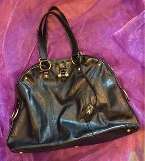 100%real Yves Saint Laurent leather bag 95%NEW