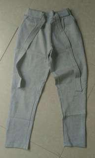 Pants with tie