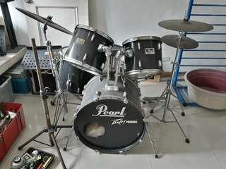 Pearl drumset concert series with rototoms
