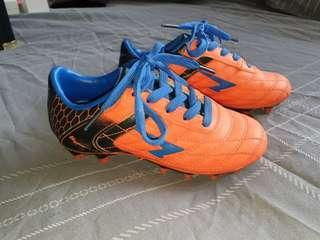 Footy boots