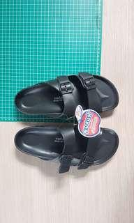 NEW Red Apple Sandal (Black)