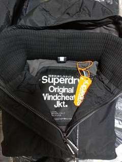 🚚 限時出清3180 Superdry防風三層拉鍊款