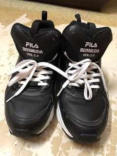 FILA 男裝波鞋 潮款 黑色