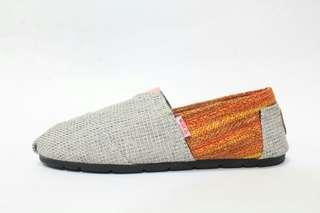 Sepatu Wanita Slip On Wakai Abu Orange Rajut