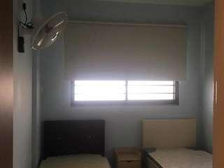 Jurong West 729 common room for rent