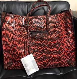 巴黎世家蟒蛇皮shopping bag