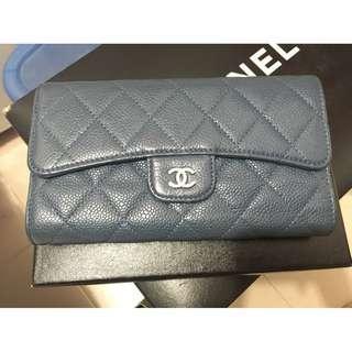 Chanel Classic Flap Wallet CC Logo Blue Caviar Leather (專門店HK$8600) 100% Authentic 90% New 超特別色 Good Quality 接近半價平讓