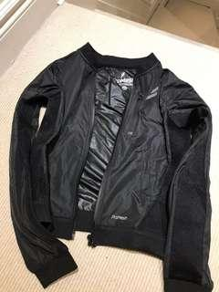 Athletic mesh jacket