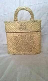 Tas Cosmetic Accessories Anyaman Decoupage Handmade