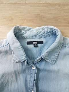 🚚 uniqlo chambray denim buttoned down long sleeve collared shirt