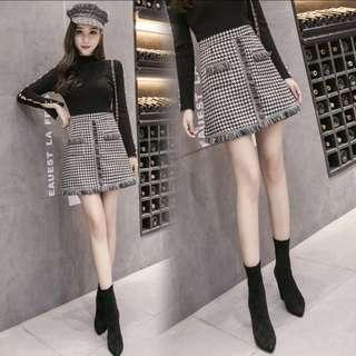 Plaid skirt in M