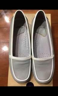 HUSH PUPPIES 真皮鞋 Size 6