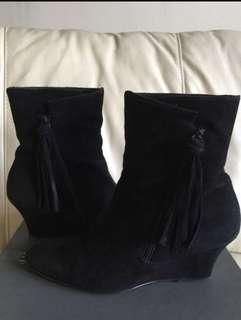 Cour Carre shoes 猄皮鞋 size 36 少穿