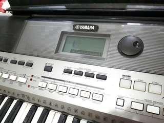 Keyboard Yamaha PSR-E443