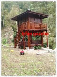Saya mejual gazebo dua tingakt size 8x8ft kayu nibung /atap kayu ulin sehari siap pasang jika berminat boleh pm saya