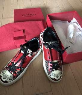 Valentino sport shoes 100%new