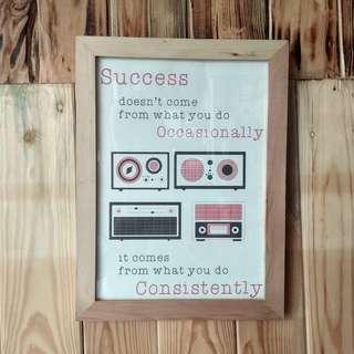 WALL DECOR - Success Radio