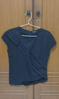 Zalora assimetric black top